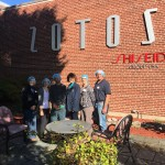 zotos-tour-group-photo-with-mary
